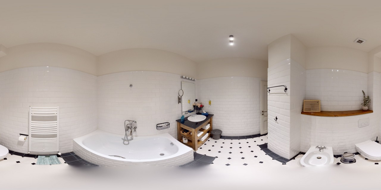 Tur virtual 3D Hotel Kaban 20-07-17 - Viziteaza virtual hotelul accesand turul virtual 3D: https://3dvss.ro/3d-tour/hotel-kaban-boutique/